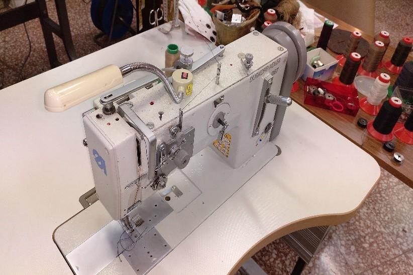Máquina arreglos peletería