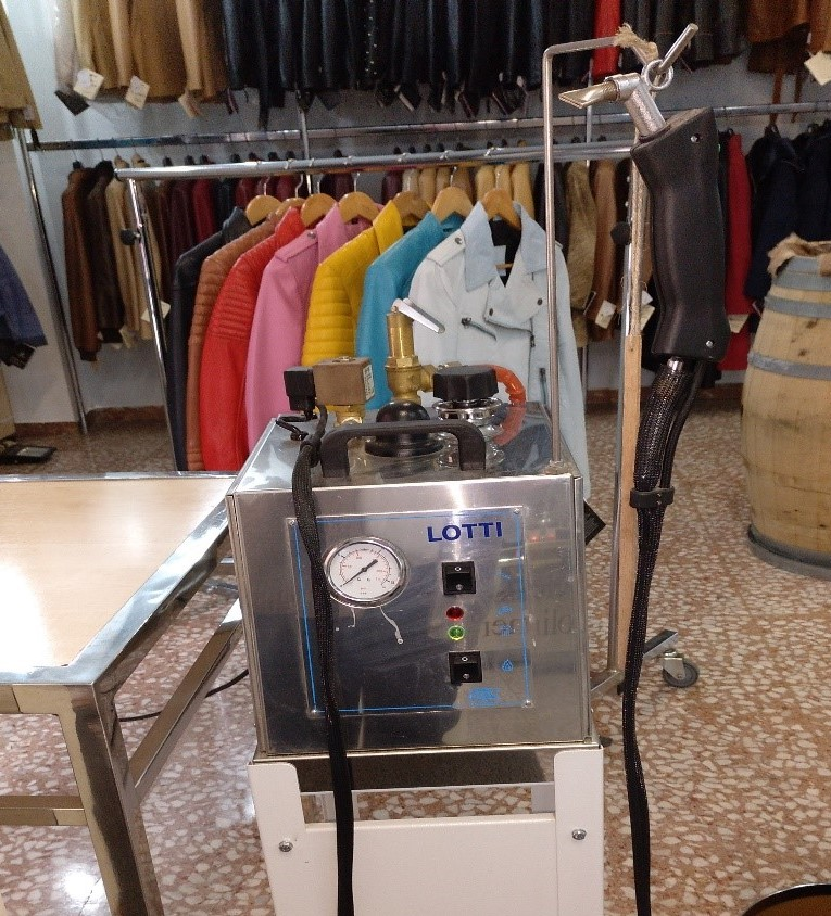 Máquina para arreglos peletería vaporizadora